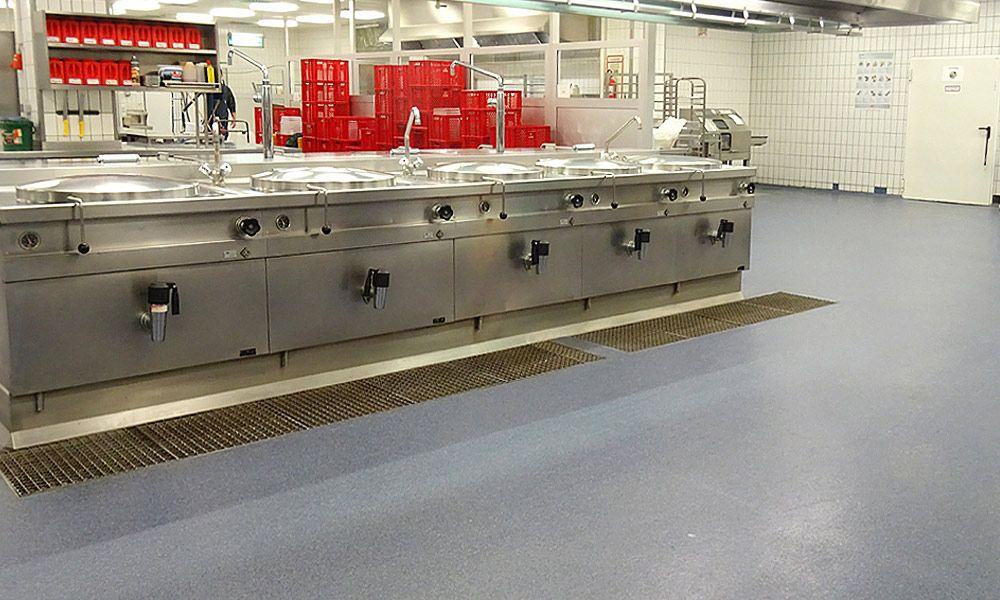 Boden einer Großküche (Farbe 61 + blau)