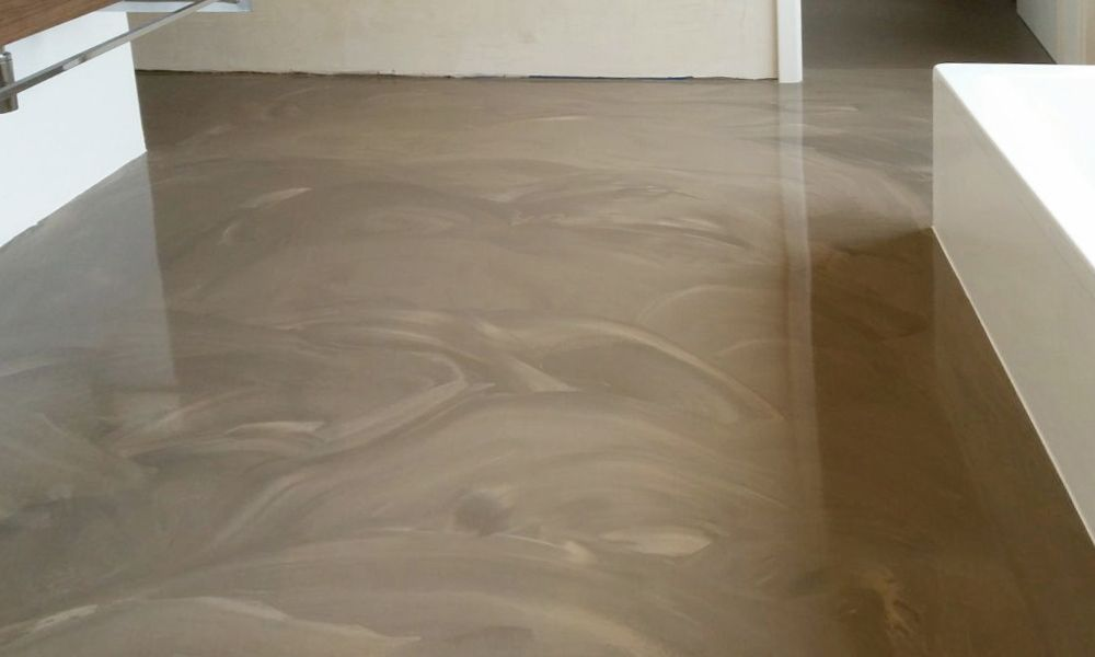 Badezimmer mit Premium-Bodenbeschichtung